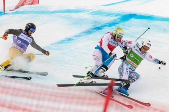 Le médaillé d'argent olympique, Arnaud Bovolenta en action. CP/ C.Cattin-OT Val Thorens