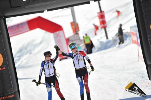 Laetitia Roux et sa coéquipière Axelle Mollaret ont remporté la première étape de la Pierra Menta avec 12'11 d'avance. Crédit Photo/ Instagram @laeti_roux