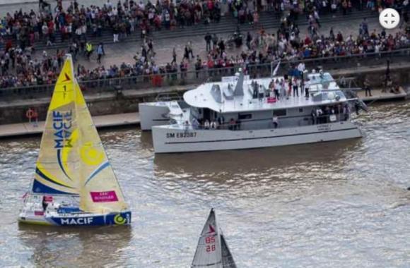 Étoile lors du départ de la course en solitaire du Figaro en juin 2014 CP/ Alexis Courcoux